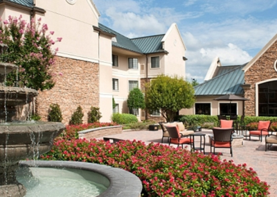 Staybridge Suites Courtyard